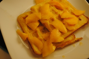 Yeast waffles with fresh peaches